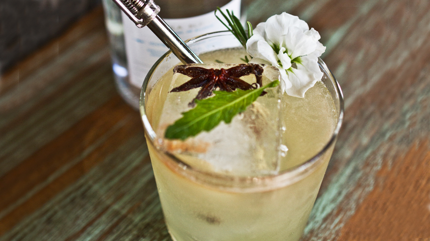Casa verde tequila cocktail