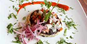 How to Serve - Panuchos de Pulpo en Escabeche