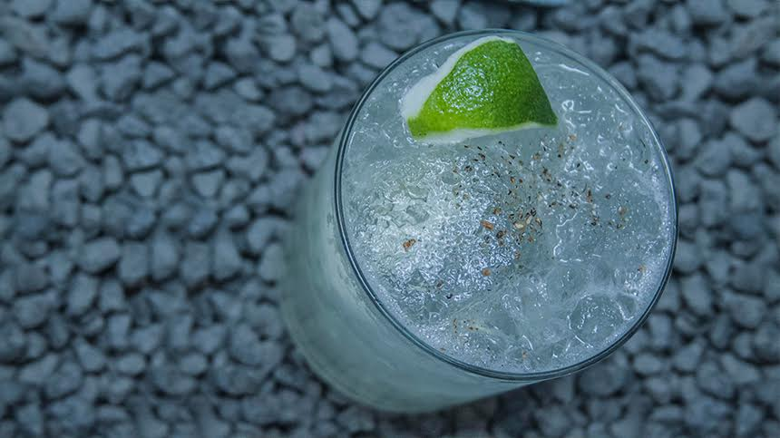 Lima Conde, citrusy Tequila Casa Dragones cocktail