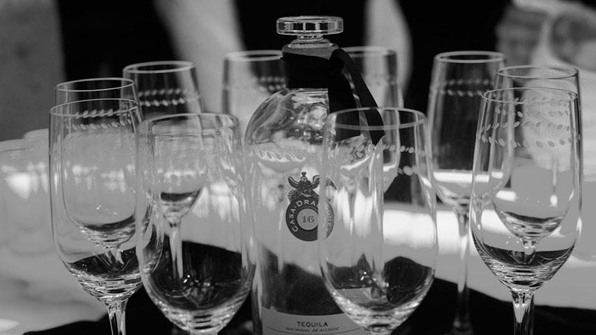 glasses.bottle