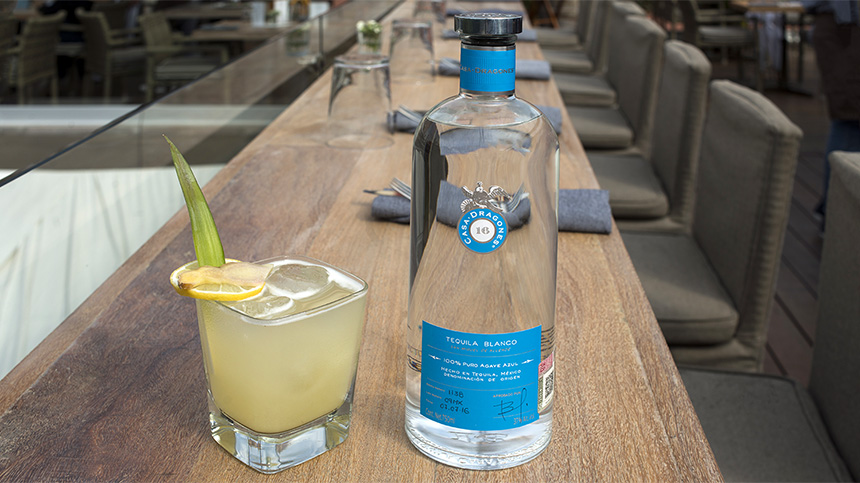 Quince Rooftop redefines the margarita with his El Clasico cocktail recipe crafted with Tequila Casa Dragones Blanco