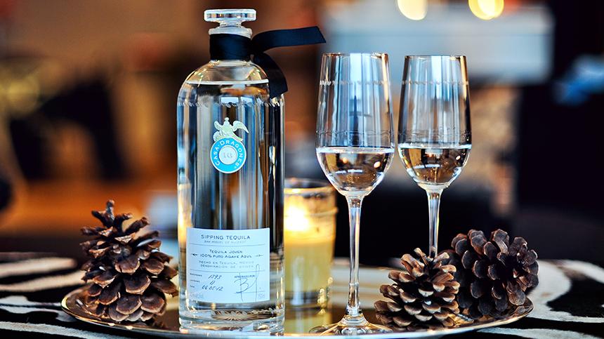 Casa_Dragones_Te_Perfect_tequila_Gift_1