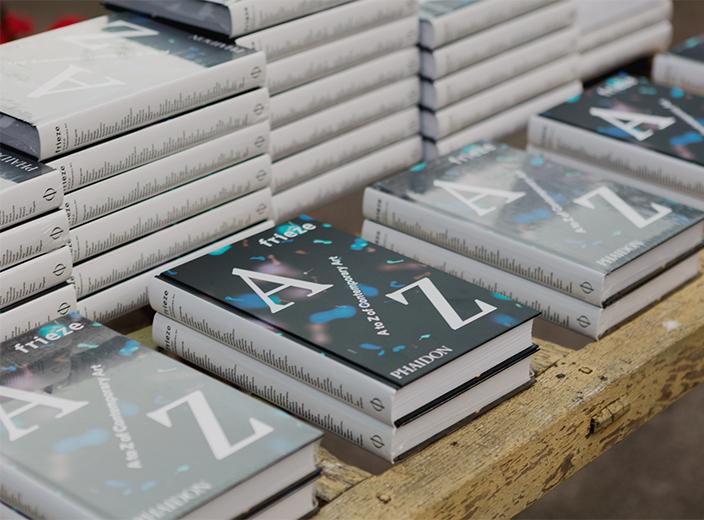 Celebrando el lanzamiento del nuevo libro de Frieze en Londres